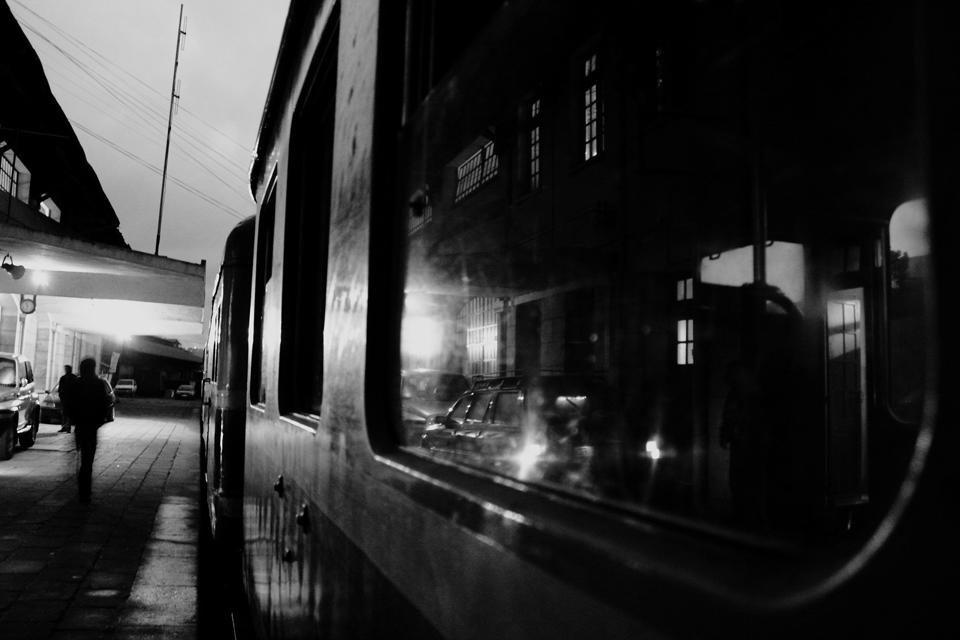 © Tony Rakoto [Sunrise station]